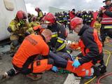 się ćwiczenia w zakresie zarządzania kryzysowego i współdziałania służb ratowniczych podczas zdarzeń masowych.jpeg